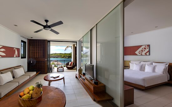 Lagoon View Suite (upstairs)