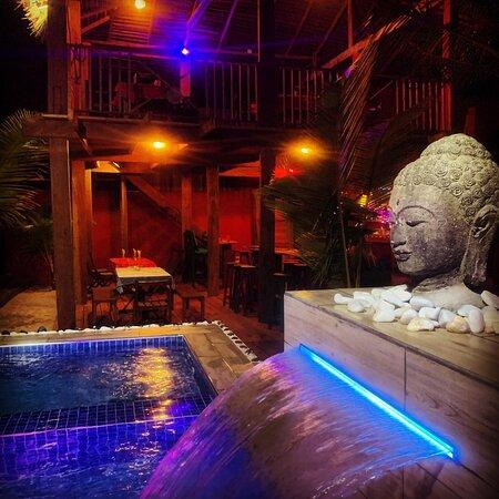 #plage #mer #ocean #assinie #cotedivoire #hotel #restaurant #bar #surf #surfcamp #africa #westafrica #piscine #abidjan cocktail #beach #kamesurf