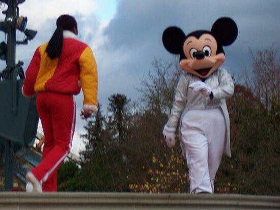 Disneyland Paris: PARTY TIME