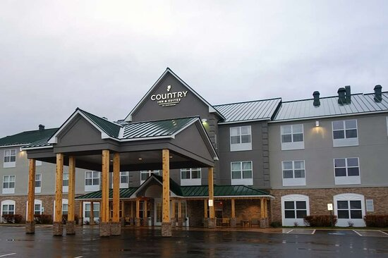 Country Inn & Suites by Radisson, Houghton, MI