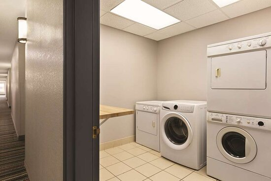 Willmar, MN: Guest Laundry