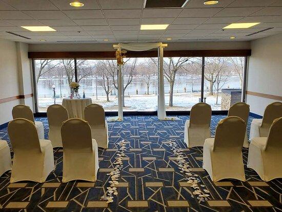 Meeting Room - Wedding Setup