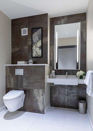 Royal Suite Half Bathroom
