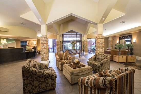 Welcoming lobby area, perfect for mingling