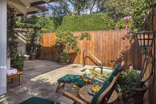 Magnolia Patio - French Lavender Cottage