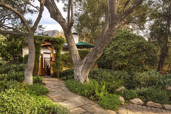 Jasmine Cottage Entry