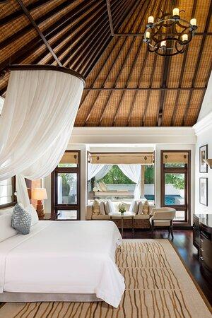 Hibiscus Villa - King Bedroom