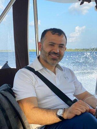 Maldives: Edim na ostrov