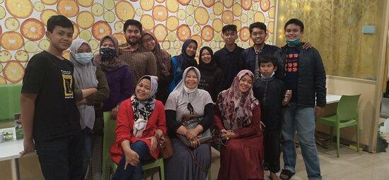 Buka Puasa bersama keluarga