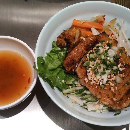 馬拉過江龍之正宗越南菜😋