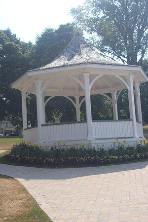 Queens Royal Park Gazebo