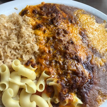 """Kingfisher, OK: Amazing food!  Our waitress, Lindsay """"Linny,"""" was so sweet and gave her full attention to all of her tables.  The restaurant was packed at lunch and she did an amazing job!  Our food was delicious- will return on our next trip! 5 stars!"""