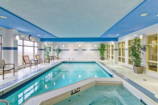 Indoor Saltwater Pool & Hot Tub