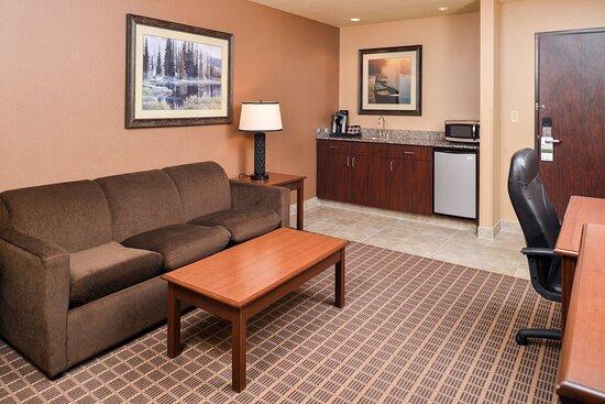 Suite with sitting area, Keurig coffee, refrigerator & microwave