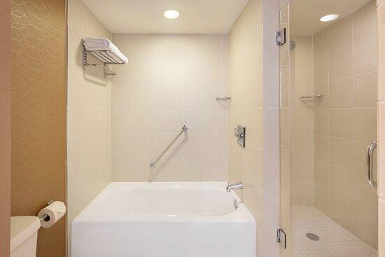 Two Bedroom Presidential Suite - King Bathroom