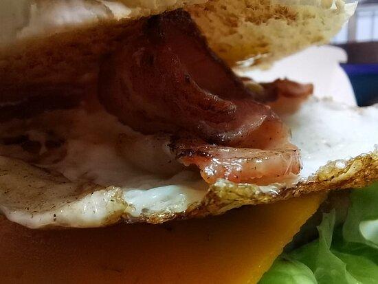 Egg Bacon cheeseburger