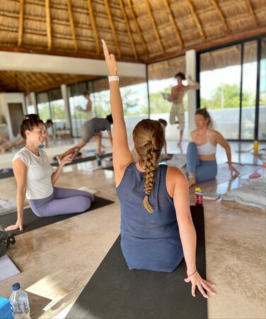 200hr Aligned Flow Method Yoga Teacher Training in Tulum, Mexico. Immerse in the study of yoga. Inclusive and accessible.