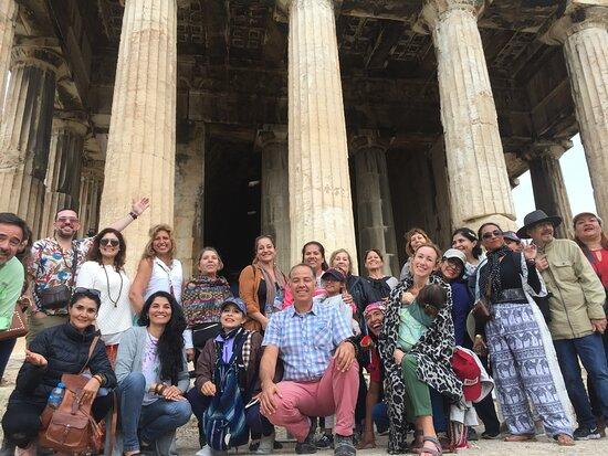 Efi Andreadaki - Athens Tour Guide in Spanish