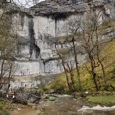 Malham, UK: A nice walk in the yorkshire dales