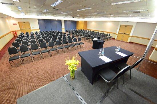 Holiday Inn Parque Anhembi's Meeting Room