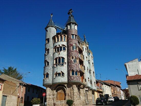 Valencia de Don Juan, España: 🦇 🦇 🦇 🦇