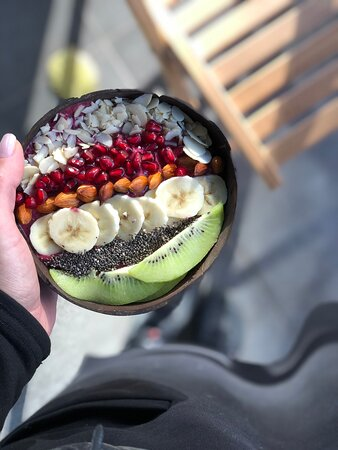 смузи-боул с авокадо