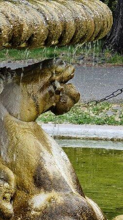 Fontana dei Cavalli Marini 1