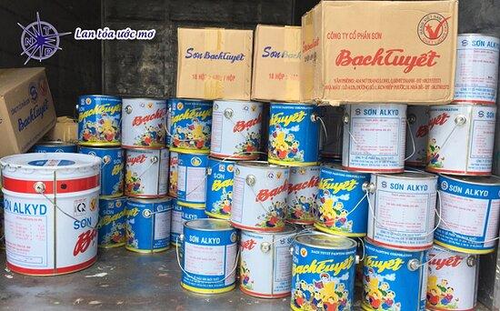 Ho Chi Minh City, Vietnam: Đến với #đạilýsơnbạchtuyếtquận12 – tphcm của #NamThiênPhú, quý khách hàng có thể hoàn toàn yên tâm về sản phẩm mà chúng tôi phân phối. Ngoài ra do chúng tôi là đại lý ủy quyền cấp 1 của dòng sơn bạch tuyết tại HCM, vì thế giá sản phẩm mà chúng tôi phân phối luôn là giá gốc, đảm bảo cạnh tranh nhất thị trường hiện nay. Gọi ngay hotline: 0918 671 778 - 0903 675 198 để mua sơn Bạch Tuyết giá sỉ https://sonnamthienphu.com/dai-ly-son-bach-tuyet-quan-12-tphcm/ #Sơn_bạch_tuyết