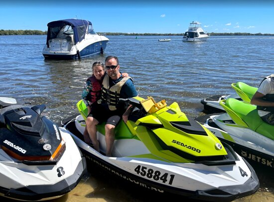 1.5 hr Jet Ski Safari tour to South Stradbroke Island!: Stopped at South Straddie- for a brief drink at Tipplers!