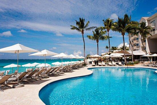 Grand Cayman Marriott Beach Resort, Hotels in Seven Mile Beach