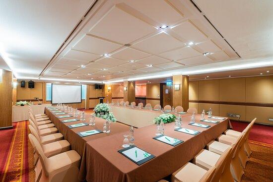 Emerald Room_Meeting Room
