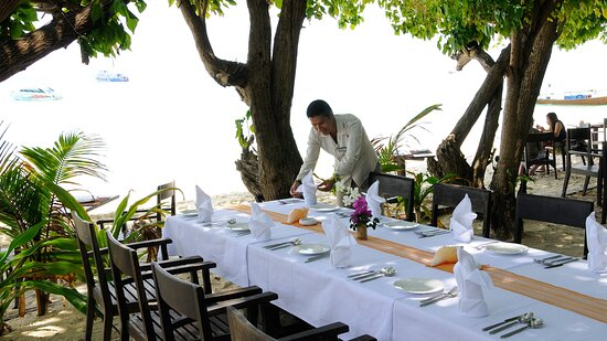 Banqueting on the beach for special events