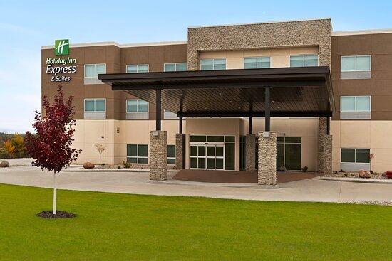 Holiday Inn Express & Suites Beaver Dam
