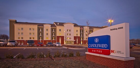 Fort Riley, Κάνσας: Candlewood Suites Hotel Exterior