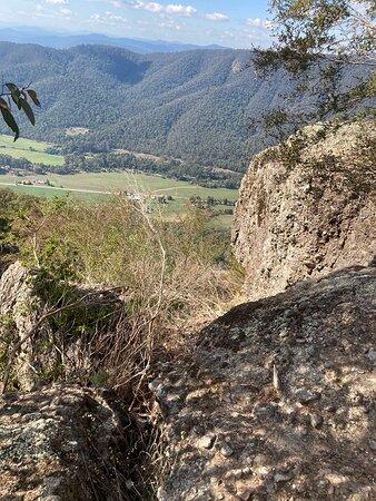 Whitfield, Australia: Boulders & Views
