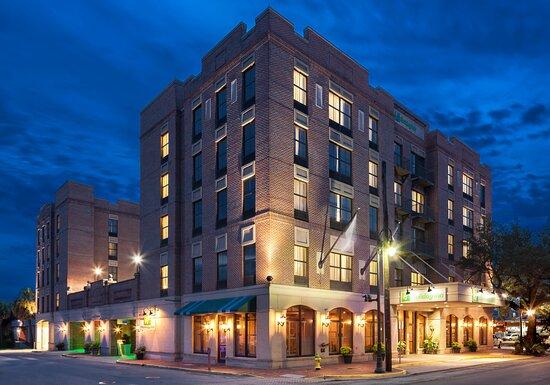 Holiday Inn Savannah Historic District, hoteles en Savannah