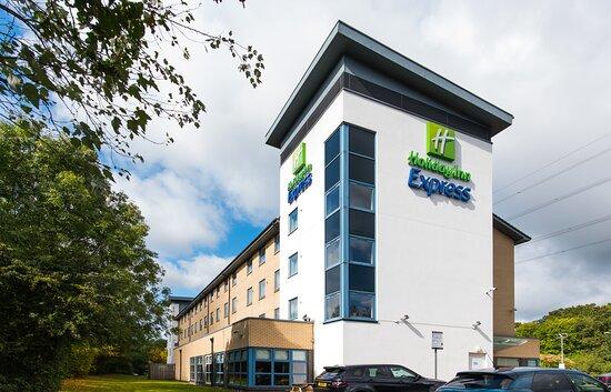 Holiday Inn Express Swindon - West