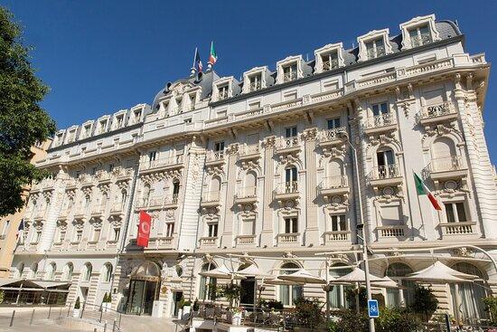 โรงแรมบอสโคโล เอ็กเซดรา นีซ