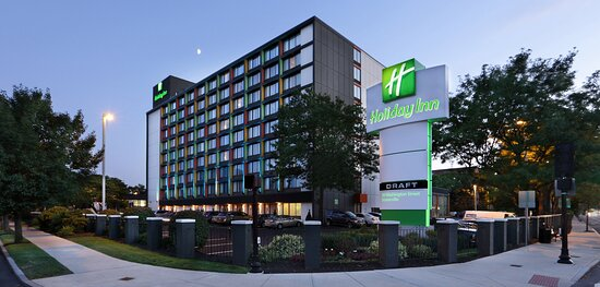 Welcome to the Holiday Inn Boston-Bunker Hill!