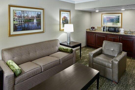 OU Inn Suite