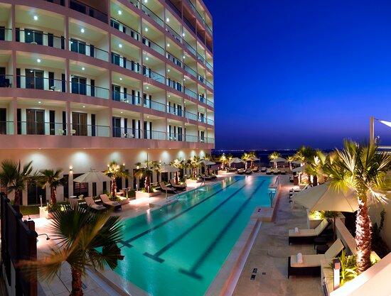 Staybridge Suites Abu Dhabi - Yas Island, hoteles en Abu Dabi