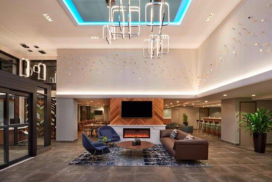 Fairfield Inn & Suites by Marriott Montreal Downtown, hoteles en Montreal