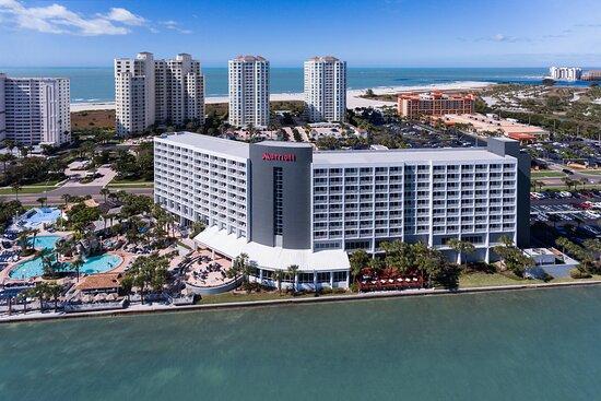 Clearwater Beach Marriott Suites on Sand Key, hoteles en Clearwater