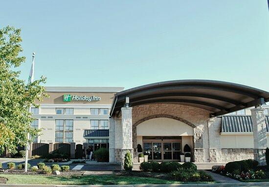 Holiday Inn Cincinnati-Riverfront, an IHG hotel