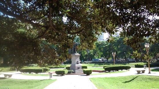 Monumento a Adolfo Alsina en Plaza Libertad: Barrio Retiro, Ciudad de Bs.As. Argentina 2021.