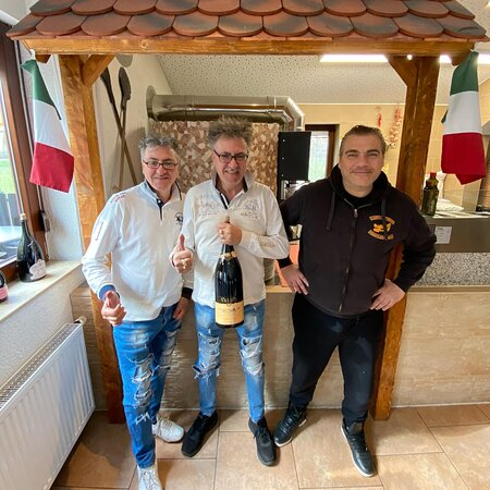 Michele, Vincenzo, und Angelo Garofoli Ristorante Pizzeria Da Michele Inhaber