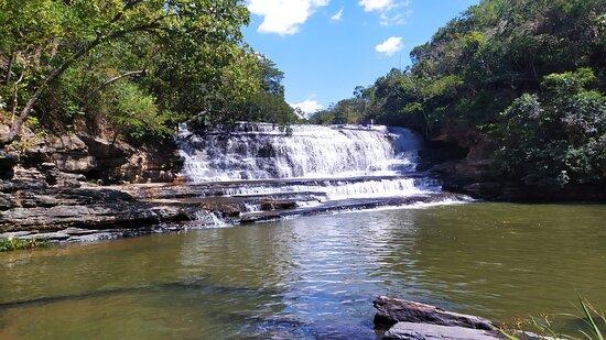 State of Minas Gerais: Cachoeira do Garimpo em João Pinheiro - MG. Um lugar maravilho que vale a pena conhecer. Para entrar no local não precisa de autorização ou pagamento.