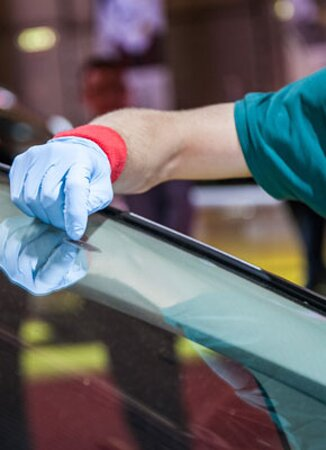 No Appointment Required. Get your windshield repaired before it's too late. We have trained and experienced staff for Auto Glass Windshield Repair in Brampton. We specialize in repairing chips and cracks in your windshield. Visit us at 9499 Airport Road Brampton. https://valvolineexpresscare.ca/services/auto-glass-windshield-repair-brampton/
