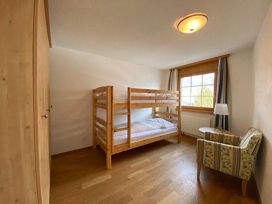 Davos Wiesen, Thụy Sỹ: Kinderzimmer im Zweizimmer-Apartment