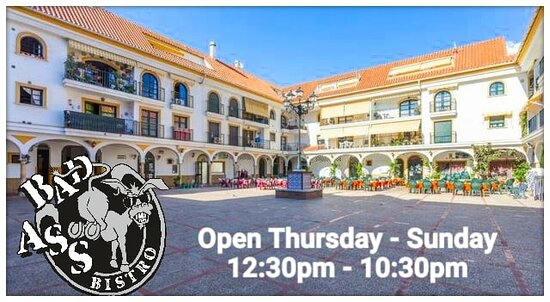 We are set in a lovely family orientated Plaza in central Fuengirola, but away from the city hustle and bustle